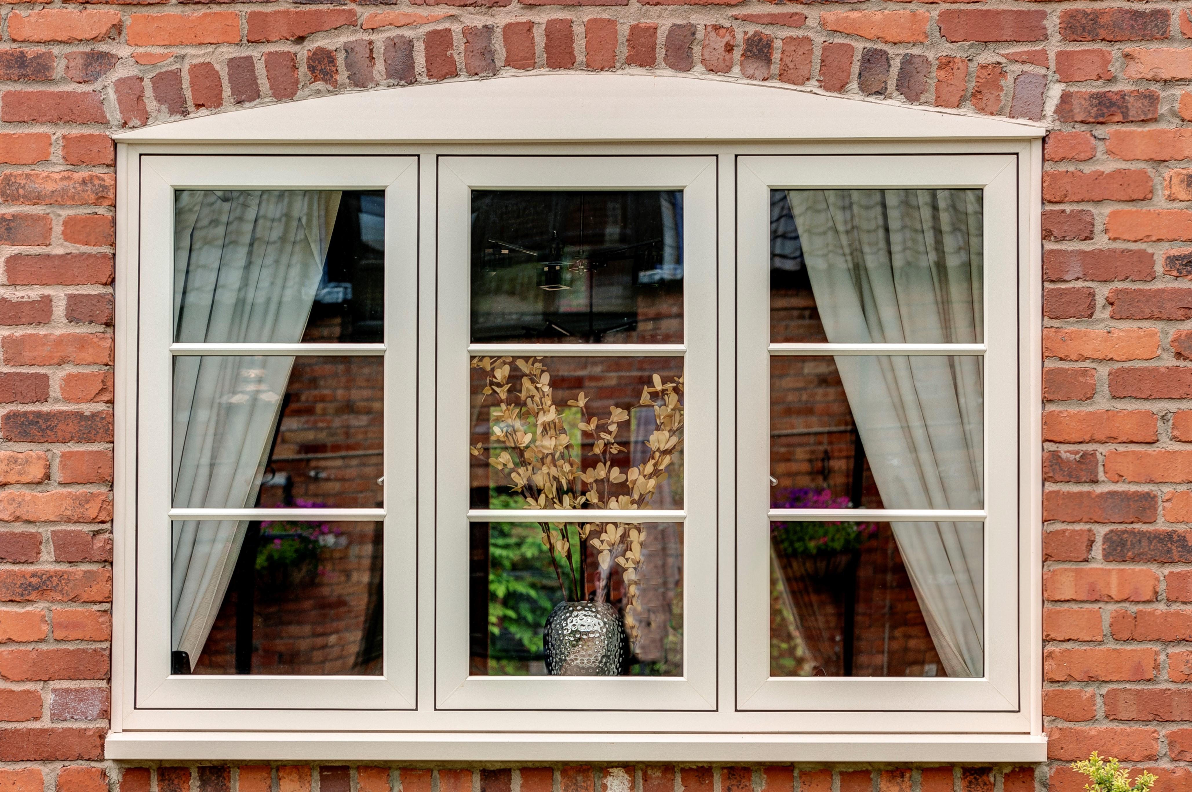 Valecraft windows doors and conservatories for Vinyl window designs ltd